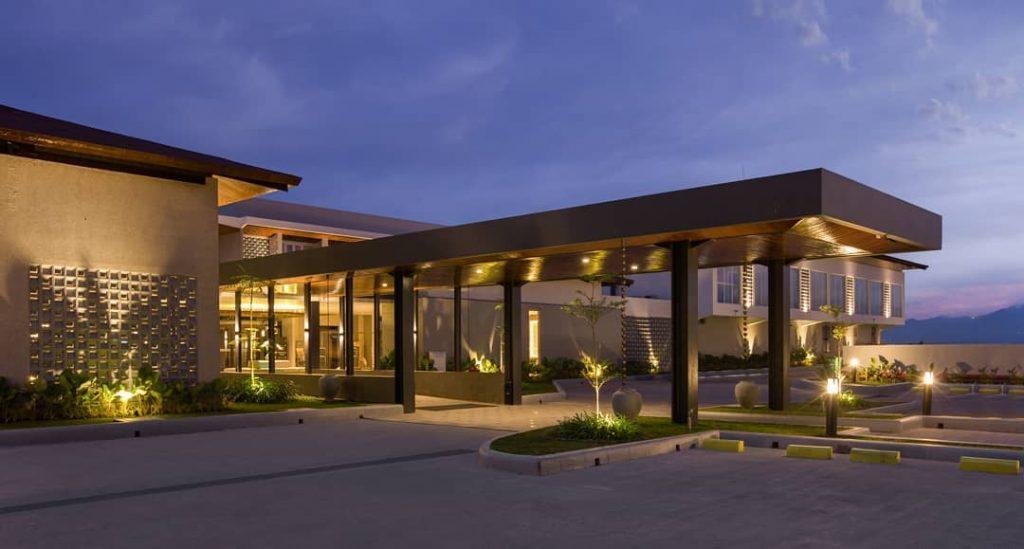 Merasakan Sensasi Menginap di kamar Hotel Santika Garut Jawa Barat