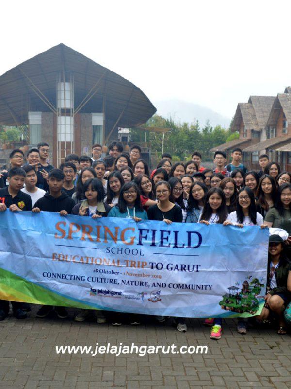 Springfield School Jakarta ketika melakukan kegiatan Study Tour di Garut bersama Jelajah Garut